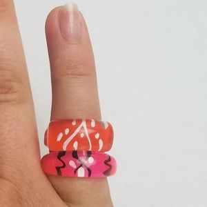 Retro Abstract Painted Plastic Rings Size 6/ 6.5